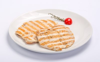 BARBECUED CHICKEN BREAST  BARBECUED CHICKEN BREAST Piept de pui la gratar 400x250