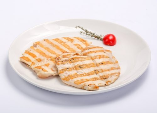 BARBECUED CHICKEN BREAST  BARBECUED CHICKEN BREAST Piept de pui la gratar 500x360