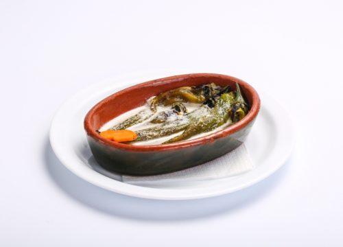 Salata de ardei iuti copti  SALATA DE ARDEI IUTI COPTI Salata de ardei iuti copti 500x360