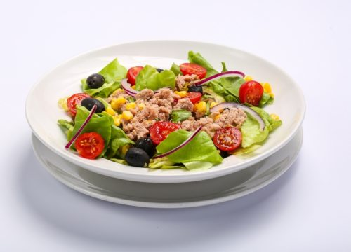 Salata cu ton  Salata cu ton Salata cu ton 500x360