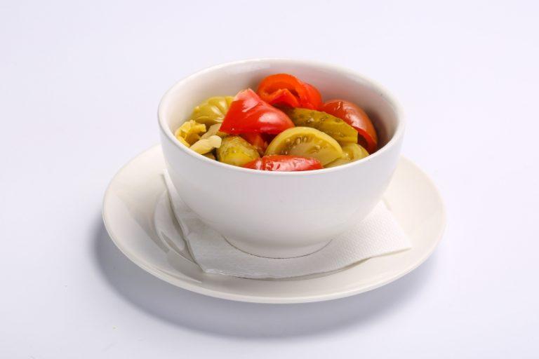 Salata asortata de iarna  SALATA ASORTATA DE IARNA Salata asortata de iarna 1 768x512