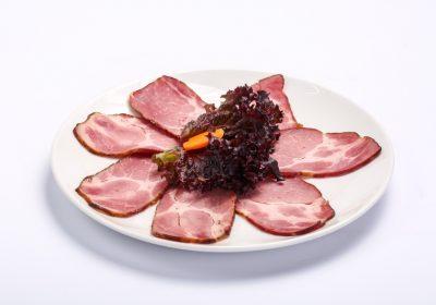 Smoked pork neck  Smoked pork neck Ceafa afumata 400x280